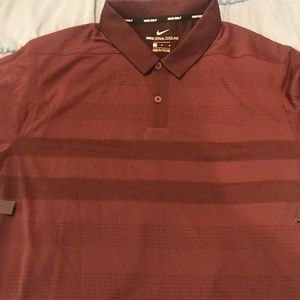Nike polo NWT burgundy medium